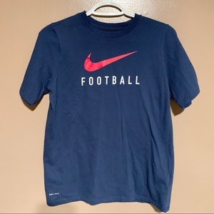 Nike tee • football